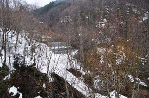 落部川のさらに上流に、大きな治山ダムがあった。