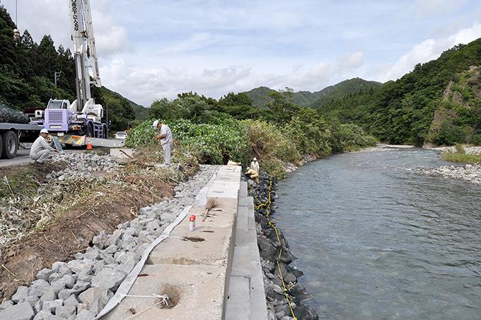治山ダムという元凶を無視したままでは、被災した国道の補修をしても、さらに崩壊の規模は拡大していくことになるだろう。