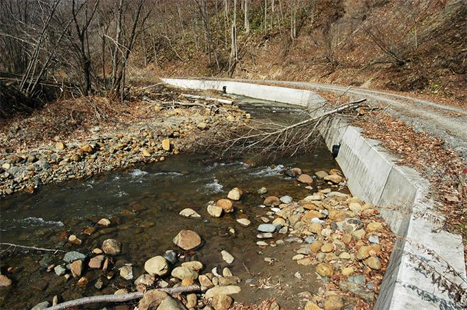 2003-04-25?・加工済・●被災前・沙流川水系ポロケシオマップ川-004・