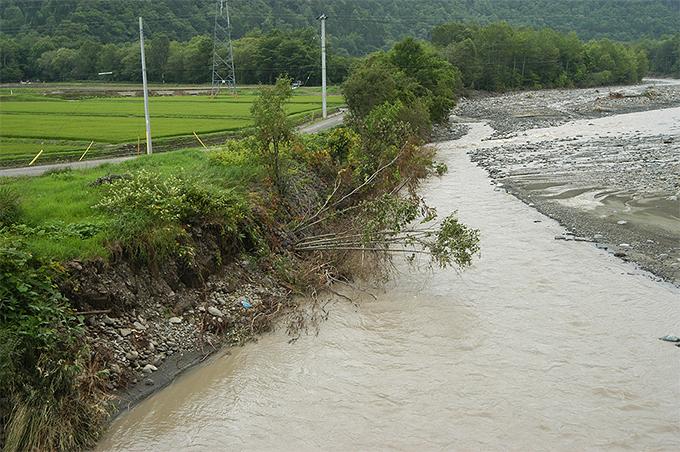 2003-04-25?・加工済・●被災前後・沙流川水系千露露川-002