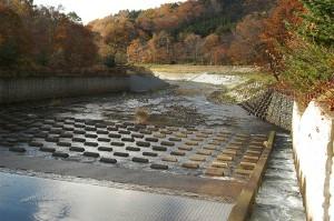 2004-10-30・加工済・様似川・018