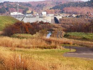 2005-11-02・加工済・ピリカダム魚道・141153