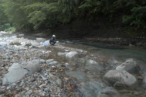 2006-08-15・加工済・翔平野田追川に釣り 056