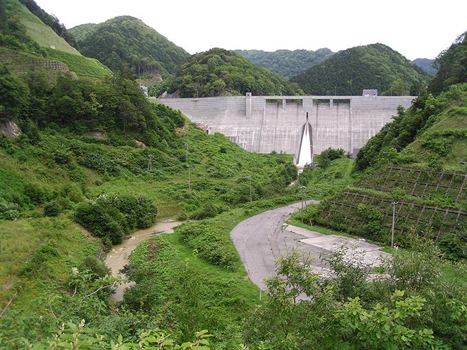 上ノ国ダムの全容