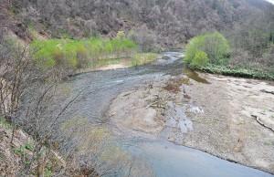 駒ヶ岳ダム流入部。
