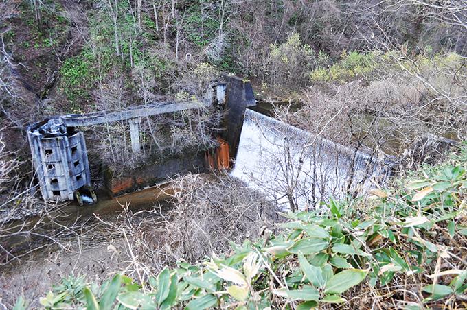 2010-11-23・加工済・落部川支流の砂防ダム・DSC_0004
