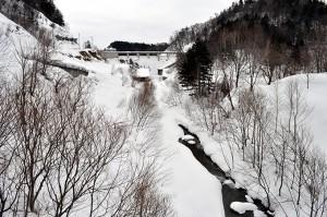 三毛別川の支流には苫前ダムがある。