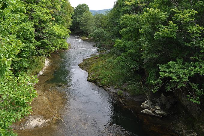 2012-09-04・加工済・名寄川・茂サンル橋・上流側・DSC_0915