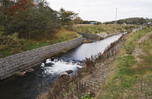 2013-10-15・加工済・久著呂川・帯工・DSC_0212