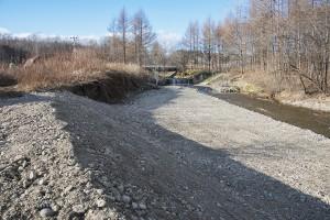 2013-11-13・加工済・居辺川・支流に砂防ダムが・DSC_0411