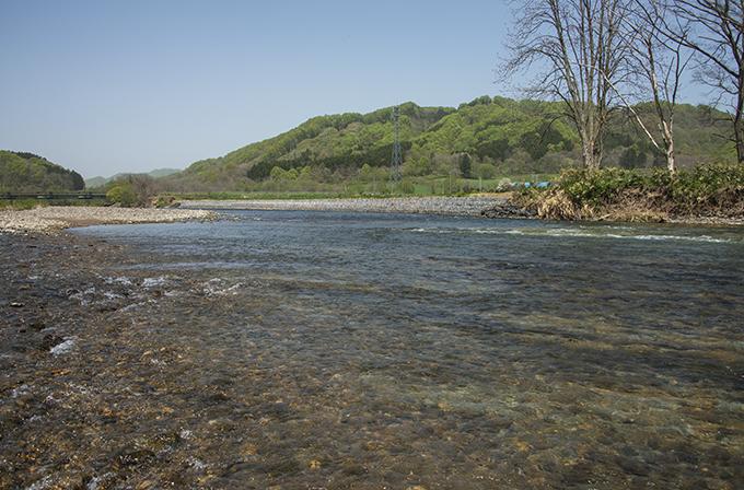 2015-05-07・加工済・遊楽部川・清流建岩橋下流・KAZ_0046