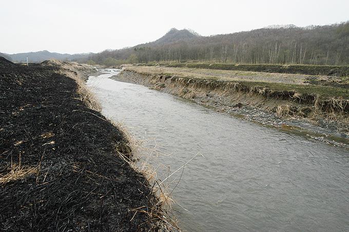 2003-04-25?・沙流川水系貫気別川-01