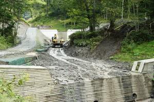 2009-08-31・加工済・ニセパオマナイ川支流の小沢404