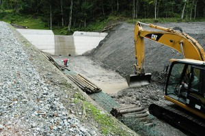 2009-08-31・加工済・ニセパオマナイ川支流の小沢417