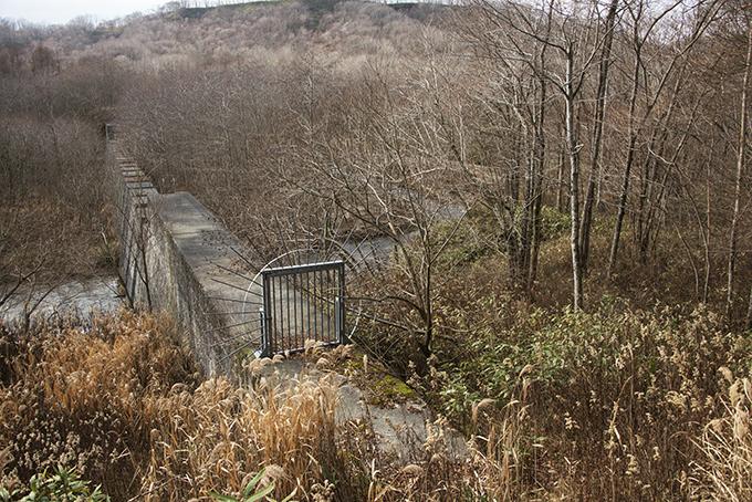 ダムの上流では微細な砂がどんどん溜まり続ける。2015年11月20日